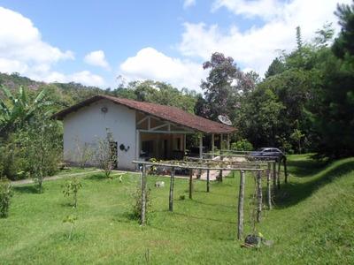 São Lourenço Da Serra- Sede-piscina-riacho-pomar-ref: 03918