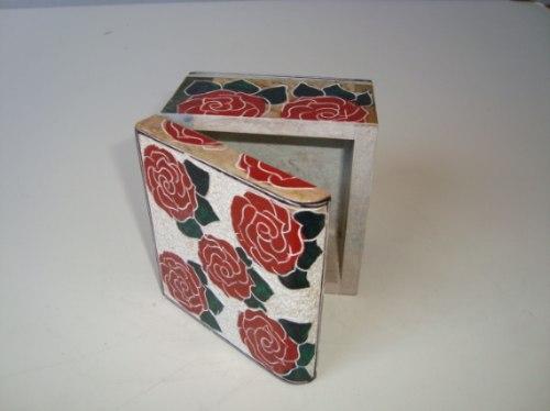 Feira Artesanato Goiania ~ Caixa Baú Floral Preto Em Pedra Sab u00e3o Artesanal Ouro Preto P R$ 40,00 em Mercado Livre