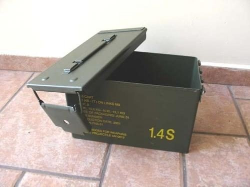 caixa metalica militar