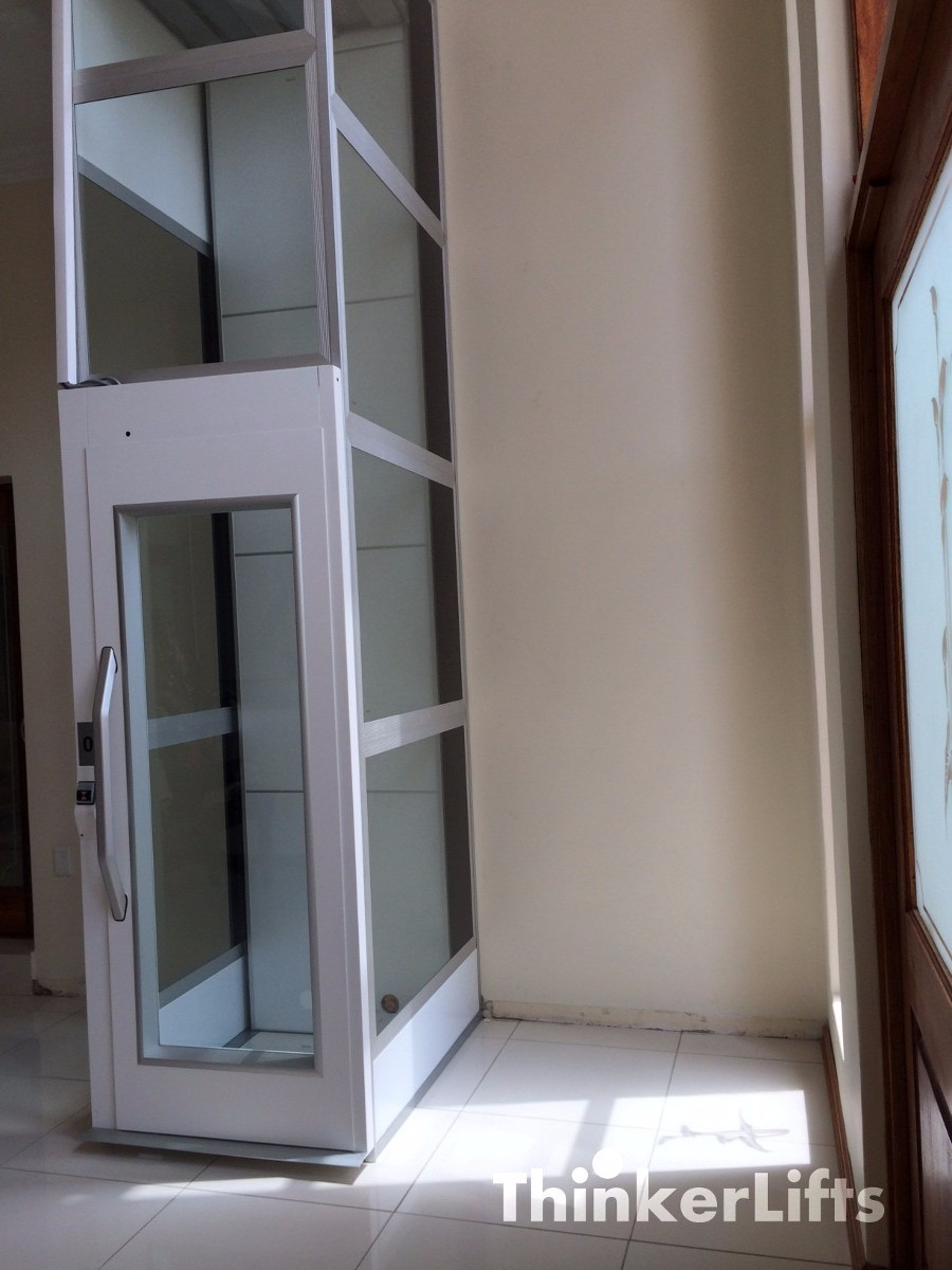 Elevador residencial plataforma lift thinkerlift r for 2 story elevator