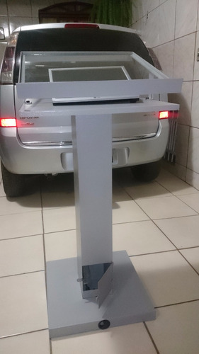 púlpito de ferro moderno muito bonito