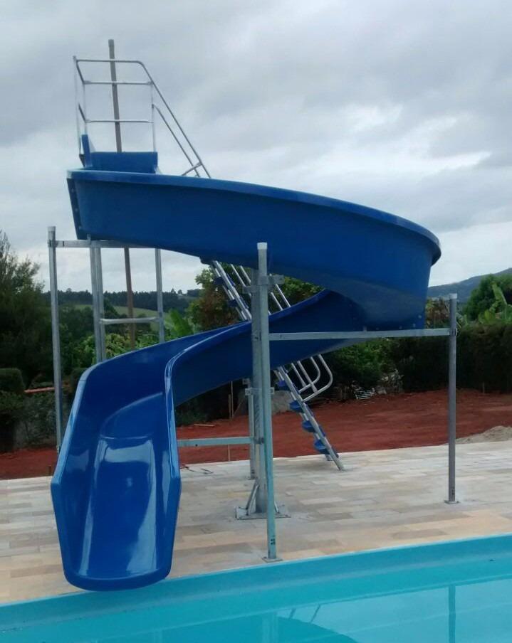 Tobo gua com 11 50 metros para piscinas r em for Piscina 50 metros barcelona